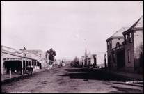 Clyde Street  Balclutha  looking towards Rosebank.jpg
