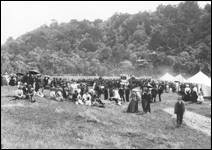 Sports Day  Willsher bay 1900.jpg